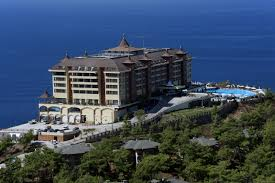 Utopia World Hotel*****